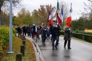2017-11-11011-Castelnau-Cortege-vers-MauxM-Communal