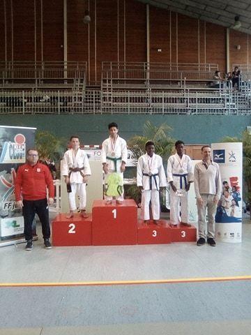 podium-timote-sarpedon